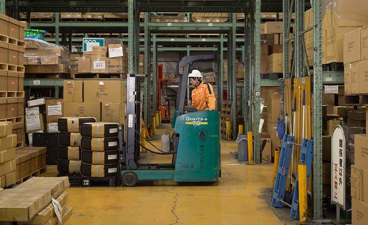 ウインローダー 倉庫サービス